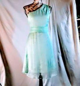 Nwot! Love 21 one shoulder dress size large